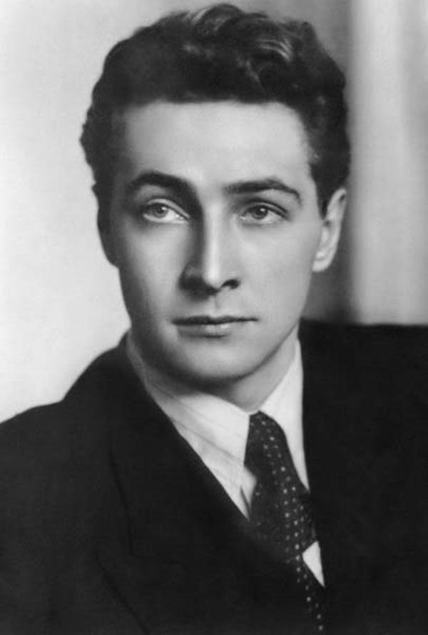 Актер кино Тихонов В.В., 1957 год