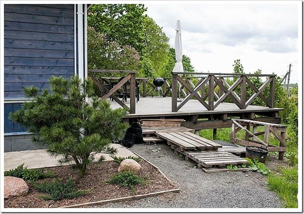 Как сделать из ветхой постройки дом мечты. Супругам потребовалось два года для сказочного превращения!